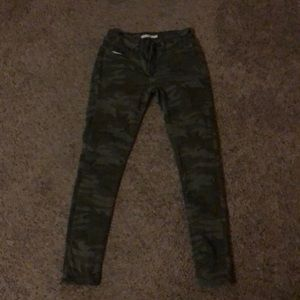 Camouflage 535 super skinny size 29 jeans